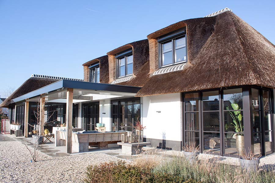 bouw boerderij Bouwbedrijf Pijnenburg St Oedenrode achterzijde woning